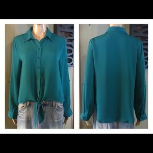 CHICO'S Emerald Green Button Down Blouse